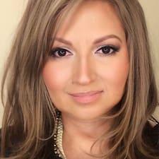 Lorena felhasználói profilja