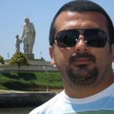 โพรไฟล์ผู้ใช้ Adriano Júnior