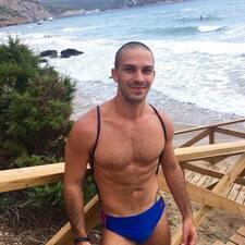 Michalis felhasználói profilja