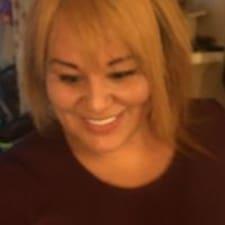 Yuliana felhasználói profilja
