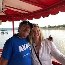 Pamela And Norman Brugerprofil