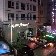 โพรไฟล์ผู้ใช้ Cozyeon Residence