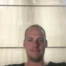 Henkilön Evan käyttäjäprofiili