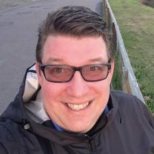 โพรไฟล์ผู้ใช้ Dan