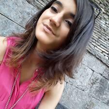 โพรไฟล์ผู้ใช้ Laura Mireia