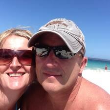 Shane & Julie es un Superanfitrión