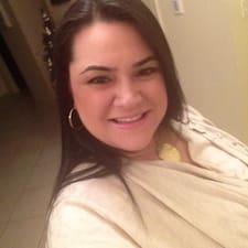 Ashley Profile ng User