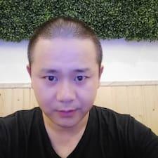 伟 felhasználói profilja