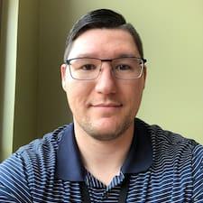 Bryan felhasználói profilja
