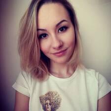 Aleksandra的用户个人资料
