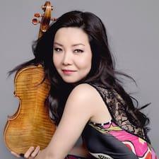 โพรไฟล์ผู้ใช้ Yi-Jia Susanne