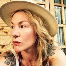 Iona Louie User Profile