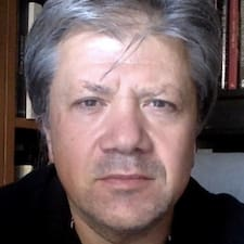 Etienne felhasználói profilja