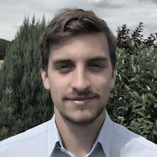 Petr felhasználói profilja