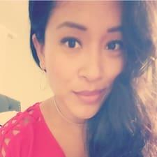 Profilo utente di Thayna