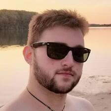 Leander felhasználói profilja