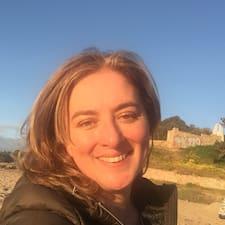 Profilo utente di Cynthia Pamela