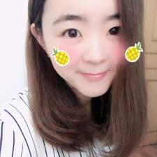 月薇 User Profile