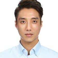 Yeonjin felhasználói profilja