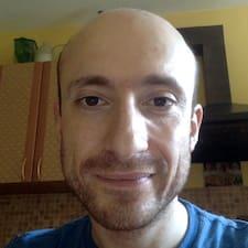 Leonid felhasználói profilja