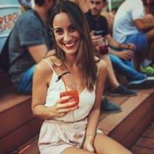 Gloria Estefania User Profile