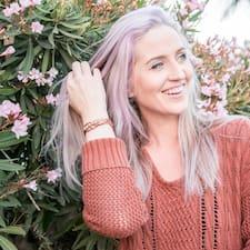Profilo utente di Emily Jane