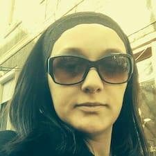 Elena用戶個人資料