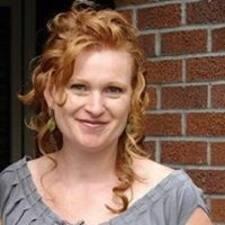 Jacquelyne felhasználói profilja