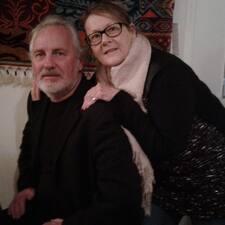 โพรไฟล์ผู้ใช้ Garry And Cheryl