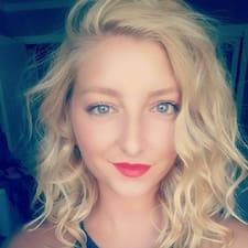 Profil Pengguna Kaitlyn
