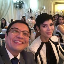 Drs Manny & Pie Calayan felhasználói profilja
