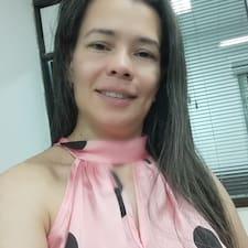 Estela님의 사용자 프로필