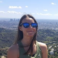 Léa User Profile