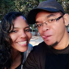 Profil korisnika Stephano & Mindy