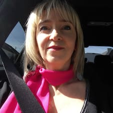 Profil Pengguna Patricia