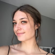 Clemence felhasználói profilja