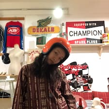 三歪 is a superhost.