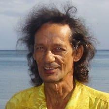 Henkilön Julien käyttäjäprofiili