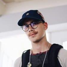 Profilo utente di Ethan