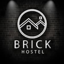 Nutzerprofil von Brick Hostel