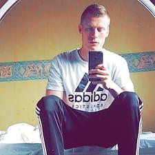 Melvyn felhasználói profilja
