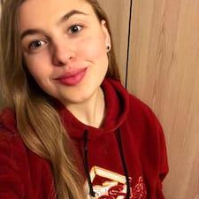 Daryna User Profile