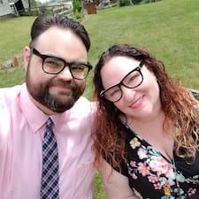 Ian & Jenna felhasználói profilja