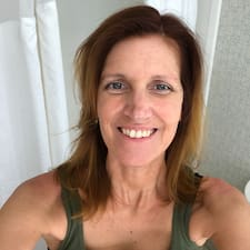 Profil Pengguna Jeannette