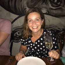 Julie Avatar