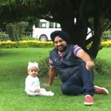 โพรไฟล์ผู้ใช้ Mandeep Singh