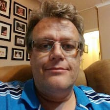 Profil Pengguna Hilton