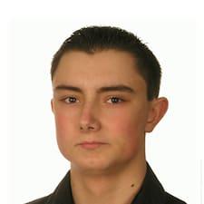 Profil Pengguna Dariusz