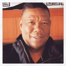 Perfil do utilizador de Carl