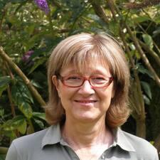 โพรไฟล์ผู้ใช้ Marie-Geneviève